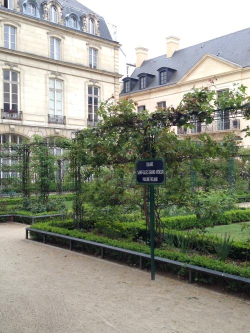 Square Saint-Giles Grand Veneur Pauline Roland
