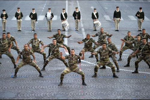 bastille_day_france_soldiers_prepare_opt