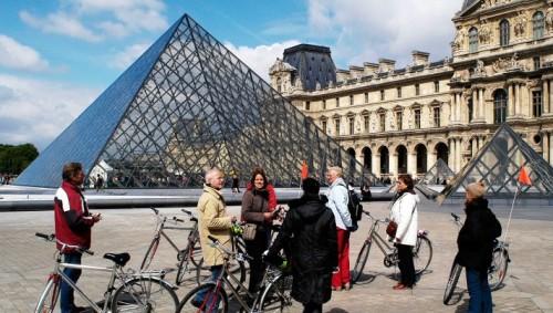 Coeur-de-Paris-Le-Louvre-712x403
